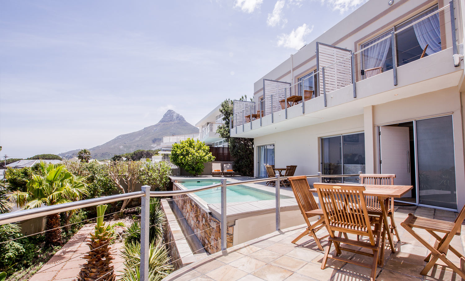Finchley Guest House | Luxury Camps Bay Guesthouse